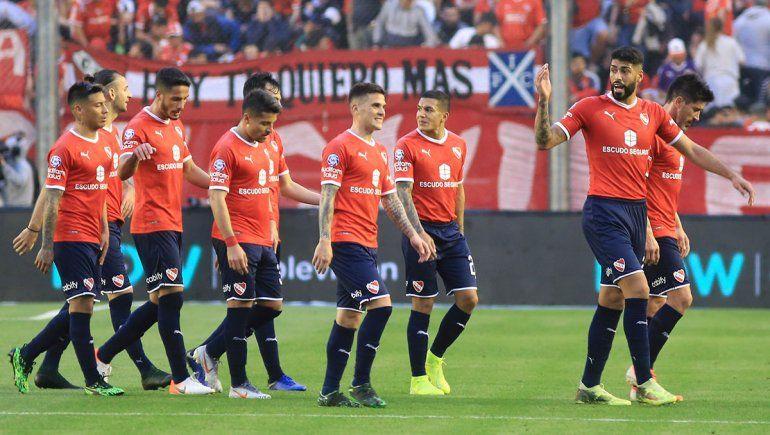 Lanús hizo engranar a Independiente en Avellaneda