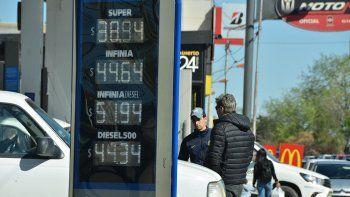 empresario local: la nafta deberia aumentar mas