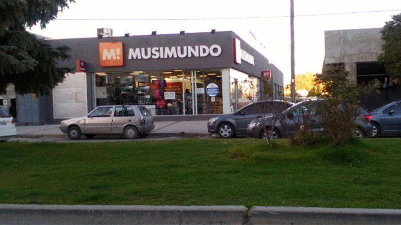 Cerró Musimundo en Zapala y Cutral Co: hay 22 despidos