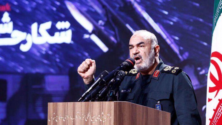 Irán amenaza con destruir al país que lo ataque