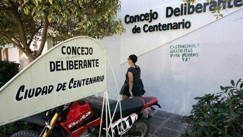 Centenario votó su brexit electoral
