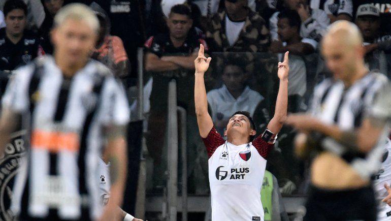 Con un Pulga Rodríguez descomunal, Colón se clasificó a la final de la Copa Sudamericana