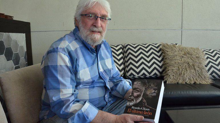Ricardo Koon: cuarenta años siguiendo los pasos de Hemingway
