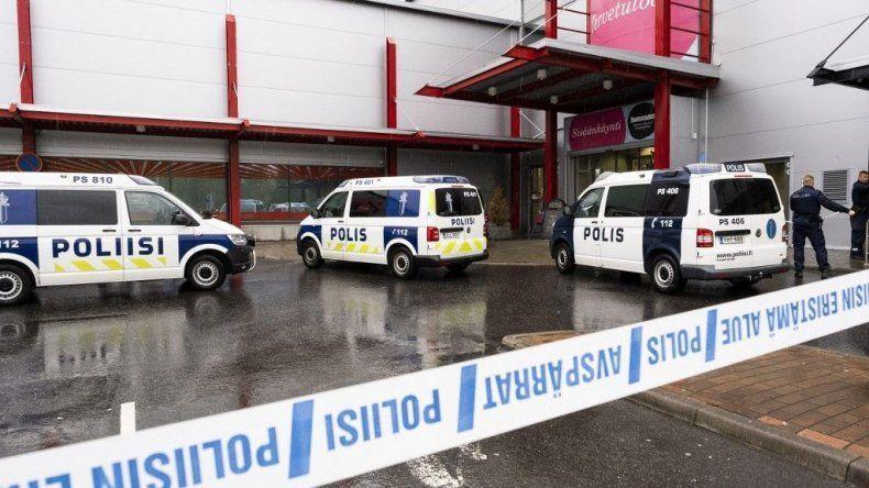 Ataque a una escuela de adultos dejó un muerto
