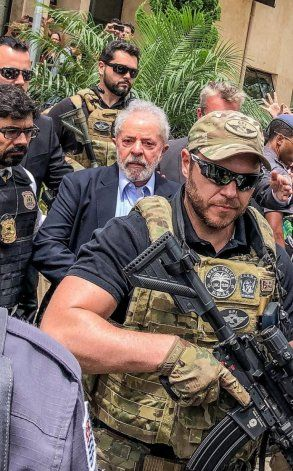 Jair Bolsonaro: Si Lula quiere seguir preso, que siga