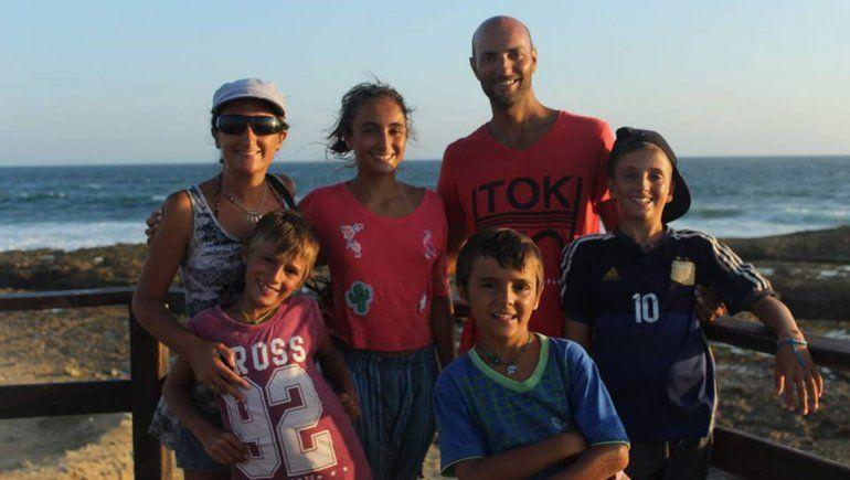 Tienen cuatro hijos y vendieron todo para recorrer Latinoamérica en familia