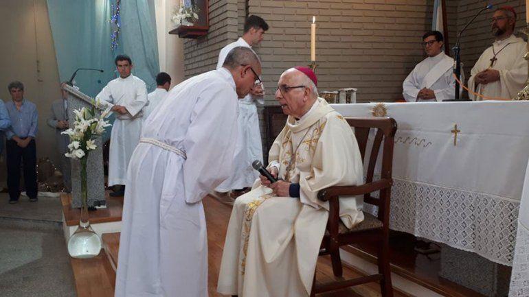 Bergoglio jubiló a Radrizzani, un ex obispo de Neuquén