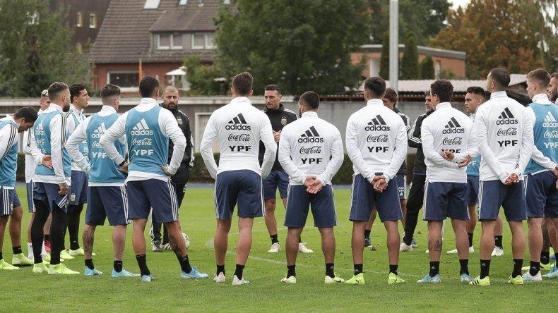 Scaloni, sin tiempo para preparar el 11 ante Alemania