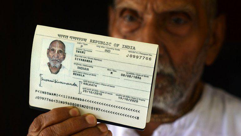 Un anciano de la India afirma tener 123 años