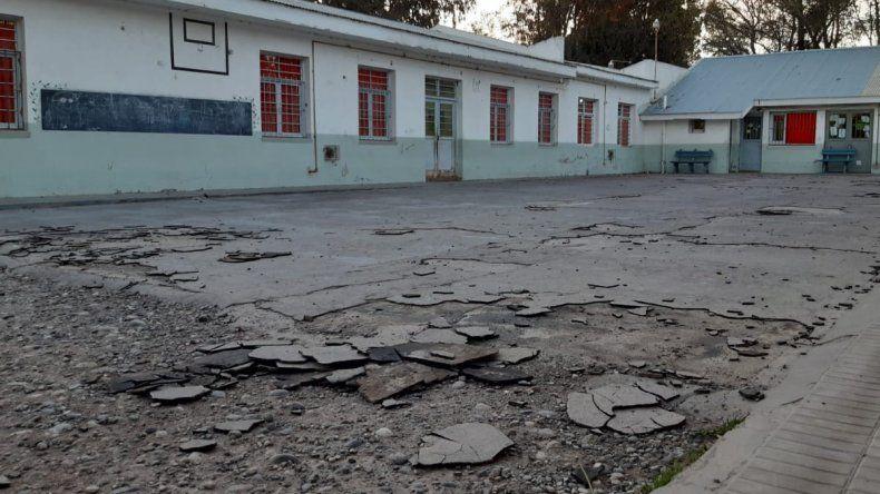 Esta escuela está abandonada, denuncian desde la escuela 223