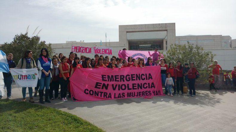 Presionan a la Legislatura para que apruebe la Emergencia en Violencia contra las Mujeres