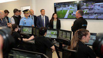 habilitan el centro de monitoreo de camaras en centenario