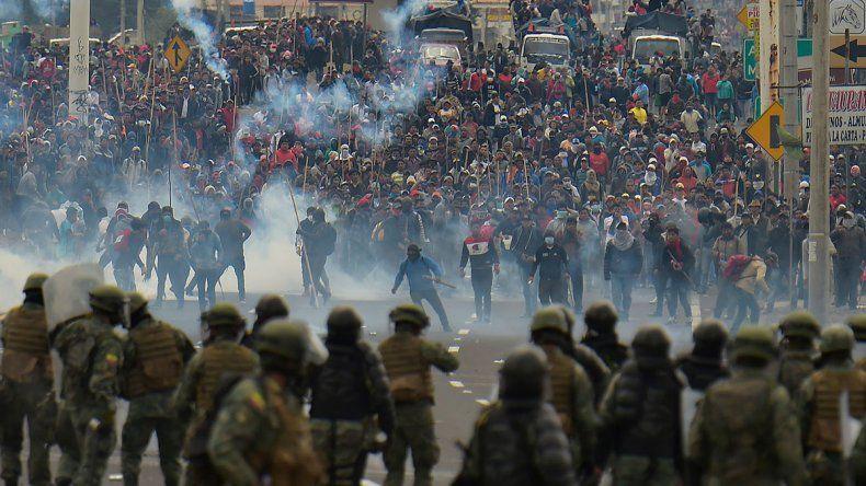 Ecuador: 9 días, cinco muertos y casi 600 heridos