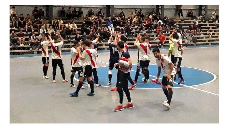 River descendió de nuevo, esta vez en el Futsal