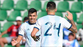 dos asistencias y un medio gol del neuquino acuna en el 6 a 1 de argentina a ecuador