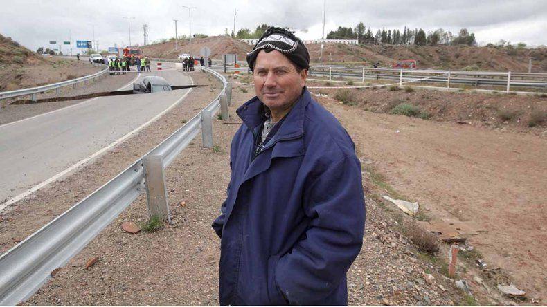 El testimonio del conductor: Veníamos por la ruta y de repente nos tragó el asfalto