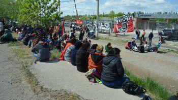 provincia convoco a organizaciones sociales y no habra cortes