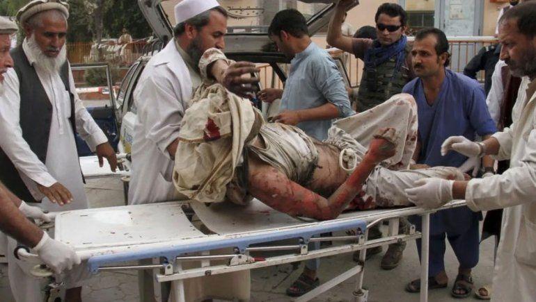Atacaron a otra mesquita afgana: hay 62 muertos