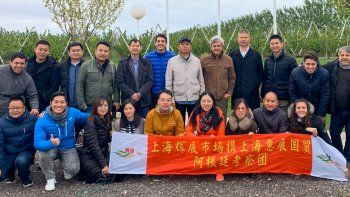empresarios chinos, interesados en las cerezas de la region