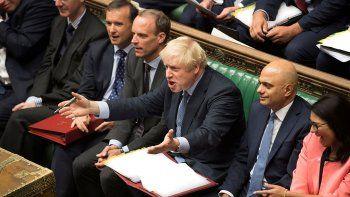 el parlamento frena el brexit y la gente pide otro referendum