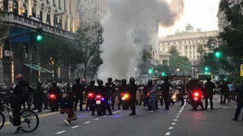 consulado de chile: heridos y detenidos en una protesta en caba