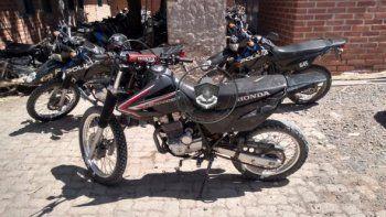 atrapan a un joven con una moto robada en los hornitos