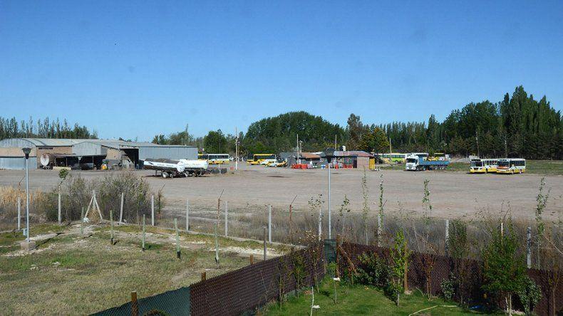 A pesar de que ya les dieron la razón, vecinos siguen sufriendo los ruidos de Autobuses Neuquén
