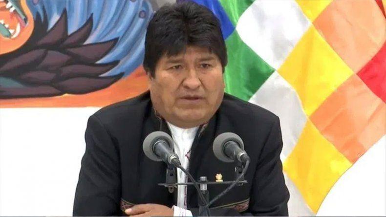 Evo Morales advierte que la democracia está en riesgo por un golpe de Estado