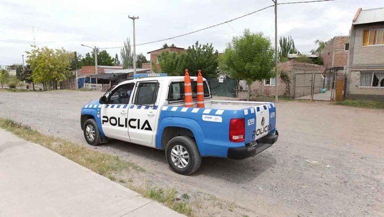 Nueve demorados en 16 allanamientos: secuestraron drogas y un arma casera