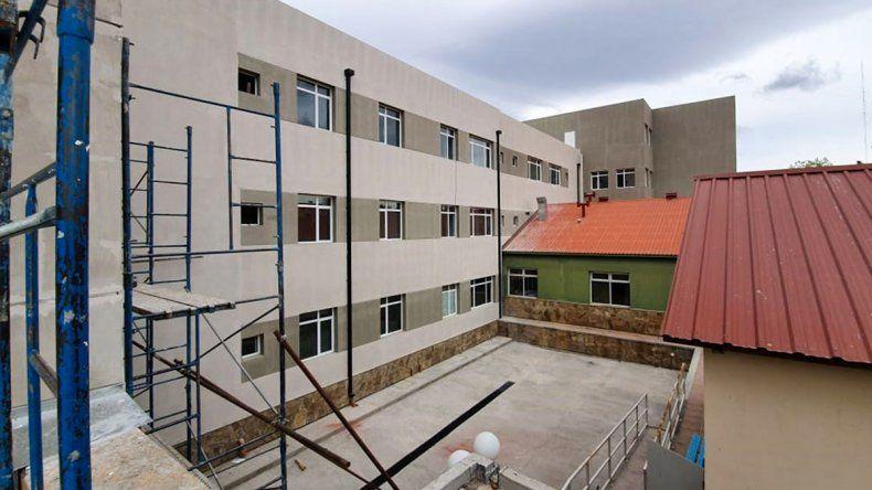 Está casi lista la remodelación del hospital de Zapala