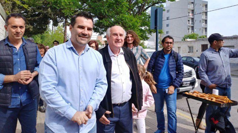 Con el recuerdo de Kirchner, Oscar Parrilli y Darío Martínez pasaron por las urnas