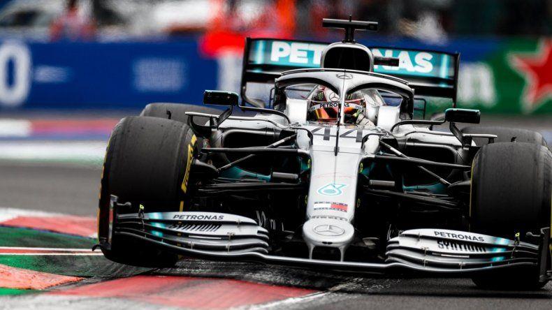 Lewis Hamilton cantó victoria en México
