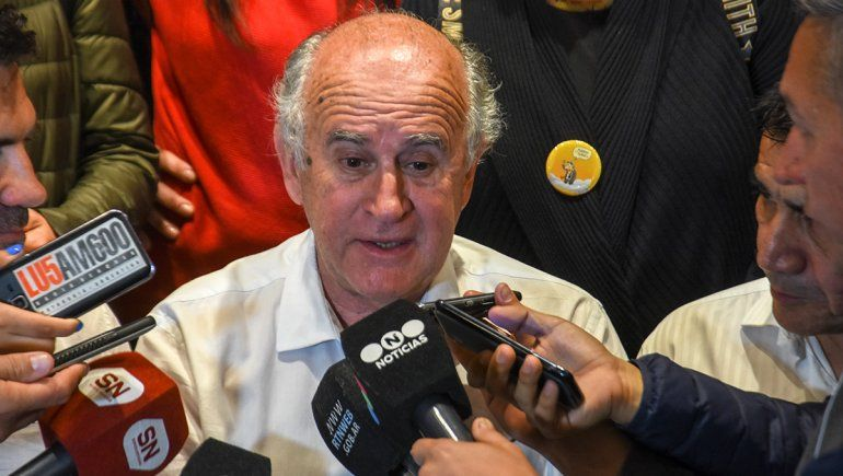 Para Oscar Parrilli, Omar Gutiérrez es un macrista residual