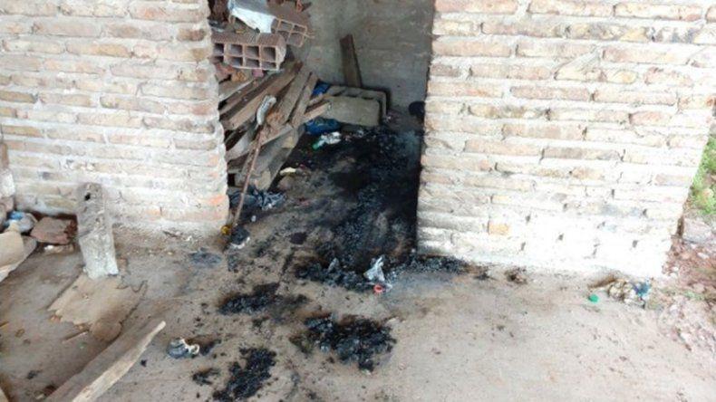 Horror: prenden fuego a indigente en su colchón