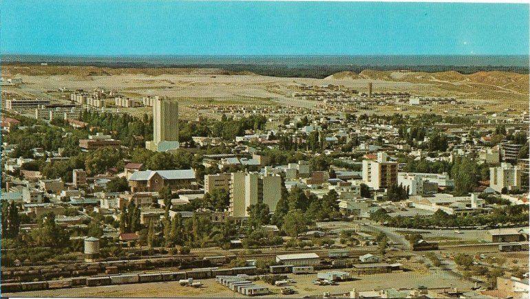 Neuquén, la misma ciudad 45 años después