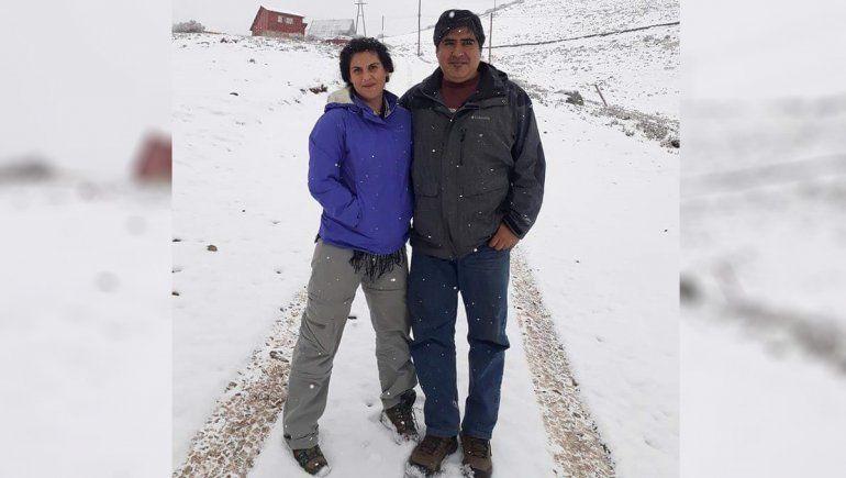 La pareja en otra de sus aventuras, en Vallecitos, Mendoza.