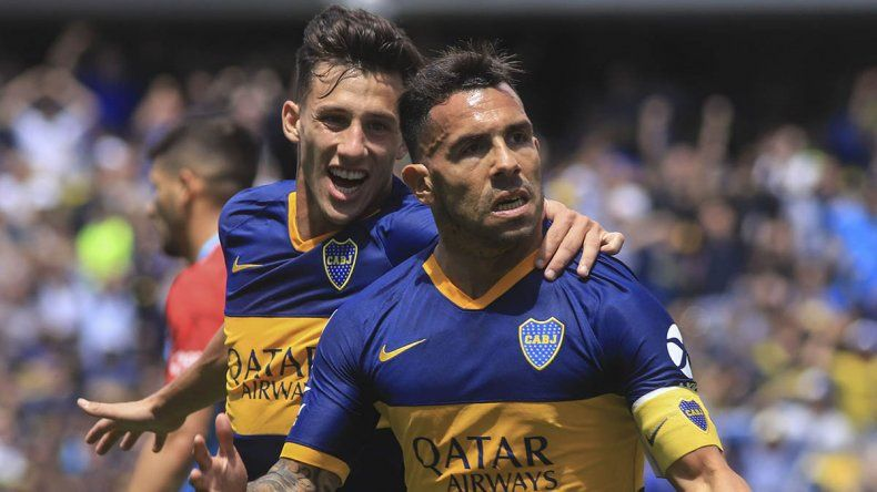 Goleada de Boca: partidazo de Tevez y Fabra e insultos para Angelici