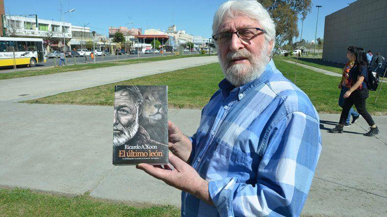 Neuquino premiado por escribir sobre Ernest Hemingway