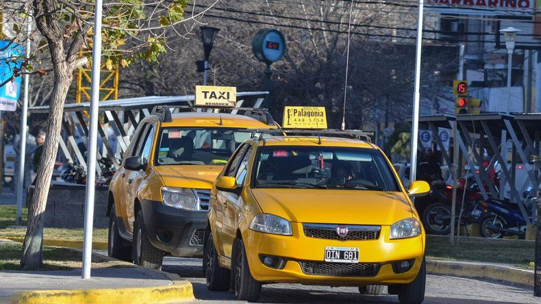 El taxi aumenta un 14% y la bajada de bandera se ubicará en los $54,5