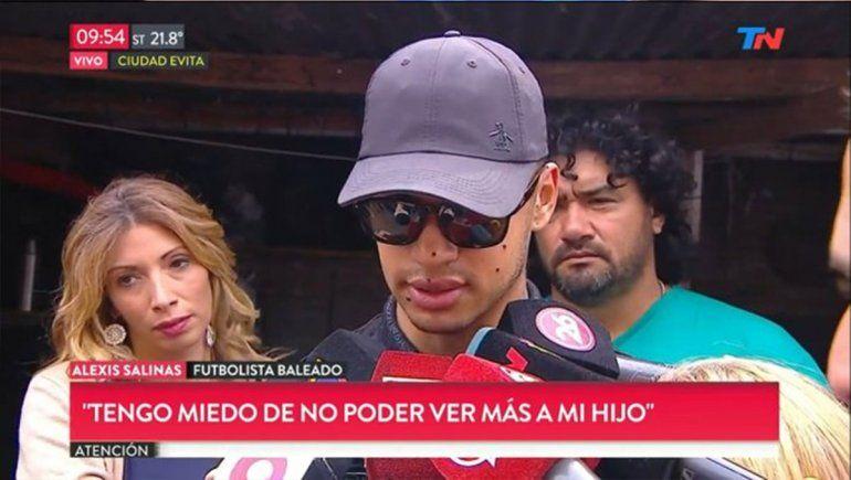 Balearon al futbolista de Arsenal, Alexis Salinas: perdió un ojo y tiene comprometido el otro