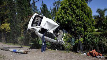 se estrello con un auto robado: murio nena de 4
