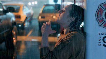 mira el primer trailer de el hombre invisible