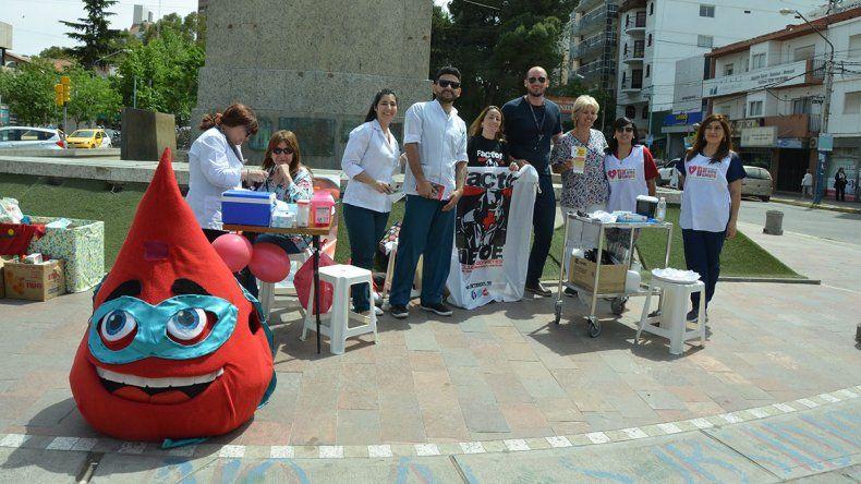 Promueven la donación de sangre y médula en el centro