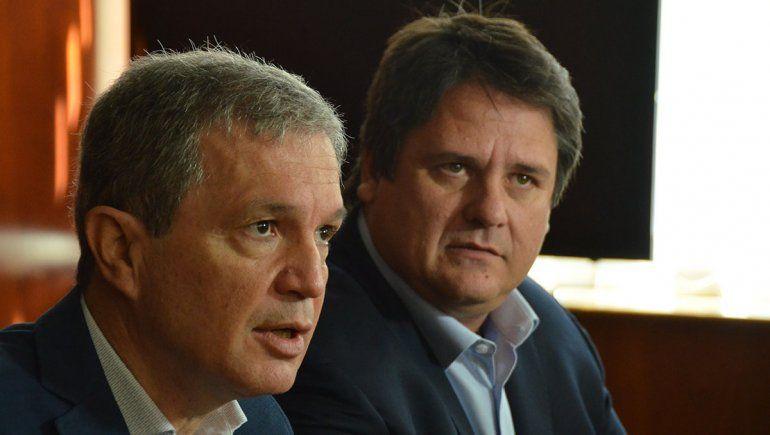 Monzani defendió el aumento del boleto