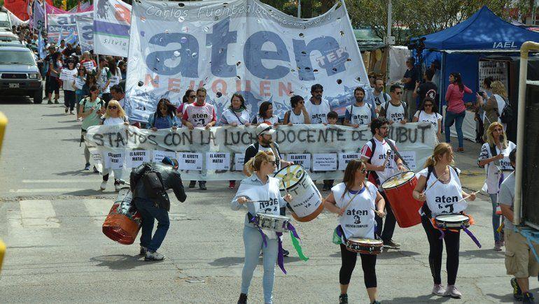 ATEN marchó en solidaridad con docentes de Chubut