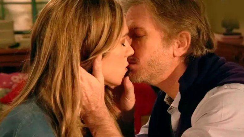Se viene el momento más íntimo entre Emma y Antonio
