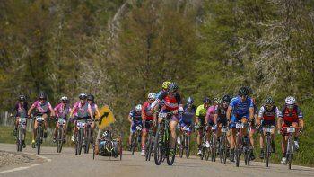 mas de 1300 ciclistas hicieron vibrar la ruta 40 con la union 7 lagos