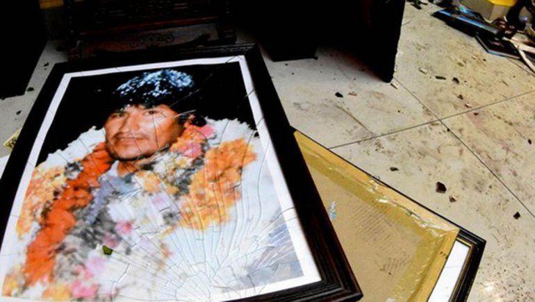La Unión Europea y Rusia llamaron a una salida constitucional para la crisis boliviana