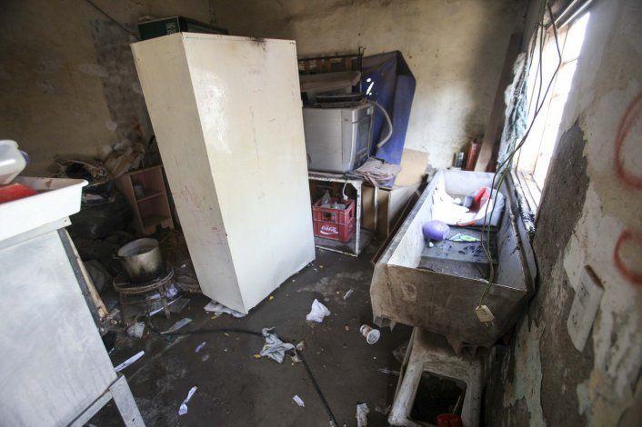 Arrojaron una molotov en el patio interno de una vivienda