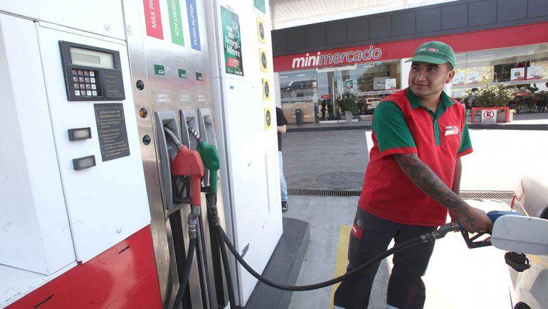 La nafta volvió a subir, llegó a 42% en el año y habrá más aumentos